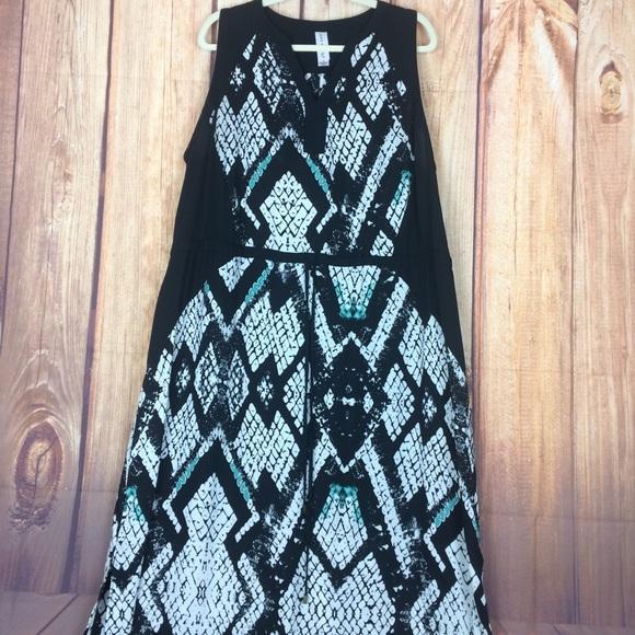 5b5f7c72057 black turquoise snake print sleeveless maxi. M_5b6b694cf41452e3f703a1f8